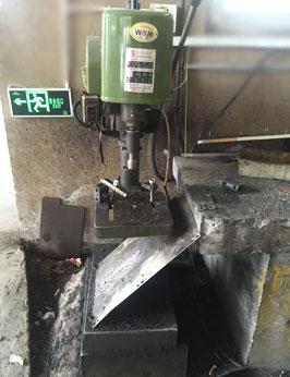 bench tapping machine